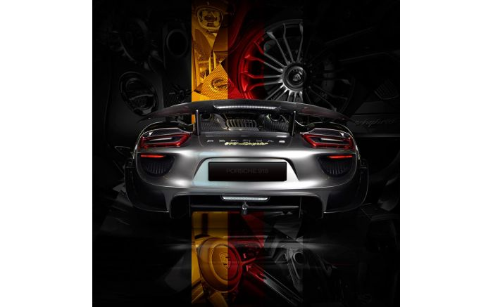 Art Photo Porsche 918 back German flag edition