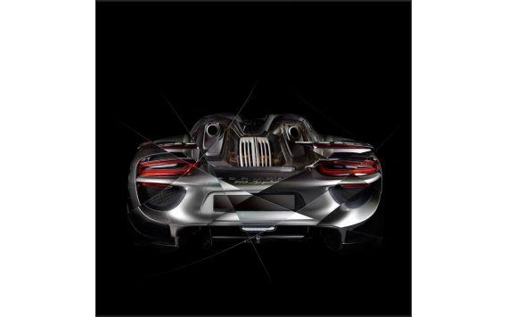 Art photography Porsche 918 back