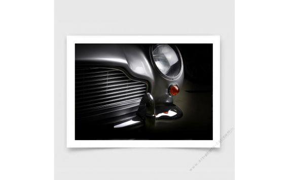 Aston Martin DB5 photo