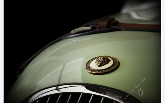 Jaguar XK120 photo I